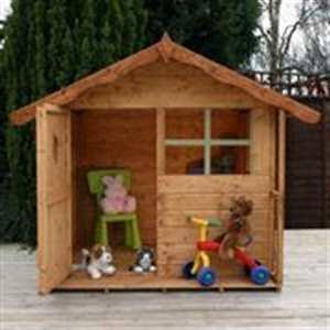cabaña para niños en maderas nobles